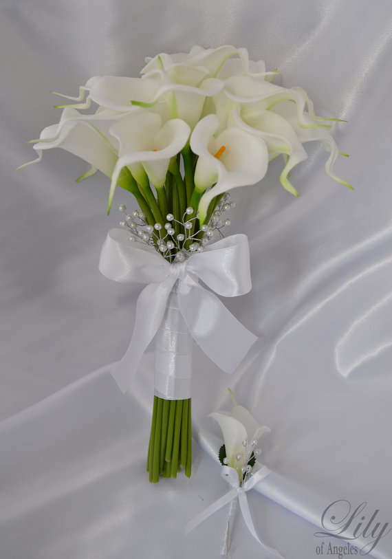 RESERVED LISTING Bride/MoH Bouquets Groom/Best Man Boutonnieres ...