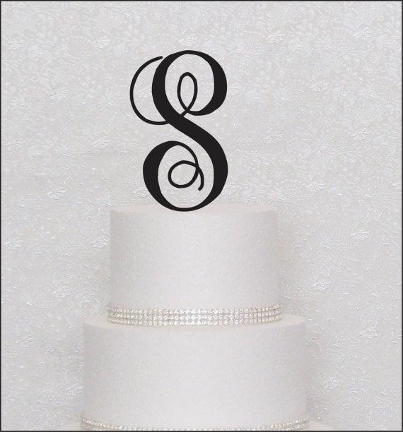 Hochzeit - Interlocking Monogram Wedding Cake Topper in Black, Gold, or Silver Letter Initial