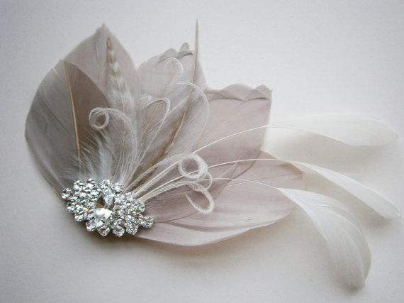Mariage - Ivory, feather, gray, grey, Weddings, hair, accessory, facinator, Bridal, Fascinators, Bride, veil - Gorgeous Gray