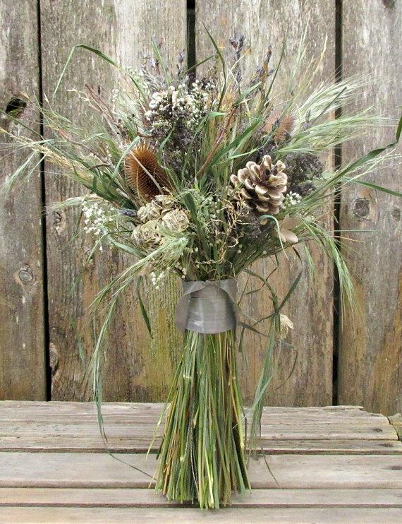 Mariage - Blue and Neutral Natural Dried Bouquet - Wild River Bridal Bouquet - Lavender, Cones, Baby's Breath, Twigs, Teasel & Grasses