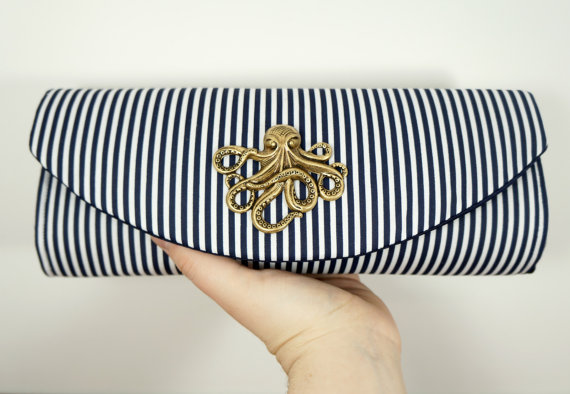 Свадьба - Nautical clutch, navy blue clutch bag with bronze octopus, striped clutch, bridesmaid clutch, nautical wedding.