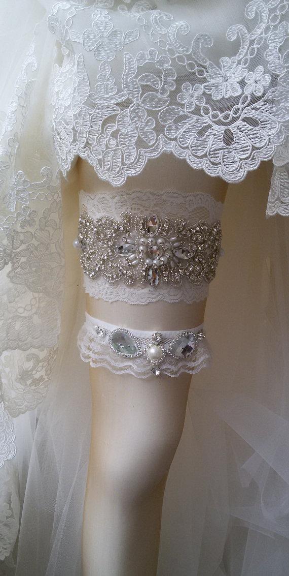 Mariage - Wedding Garter Set , Ivory Lace Garter Set, Bridal Leg Garter, Wedding Accessory, Bridal Accessory, Rhinestone Crystal Bridal Garter