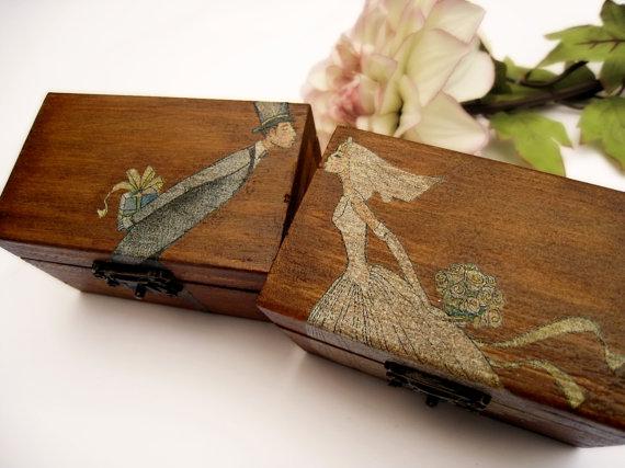 Свадьба - Personalized Rustic Ring Bearer Box Rustic Wedding Vintage Wooden box Gift box Wedding decor gift idea