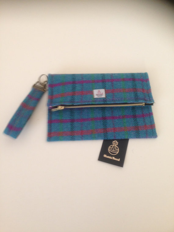 Mariage - Harris tweed clutch bag, made in Scotland, woman gift, bridesmaid, wedding tartan Scottish British plaid purse evening formal.