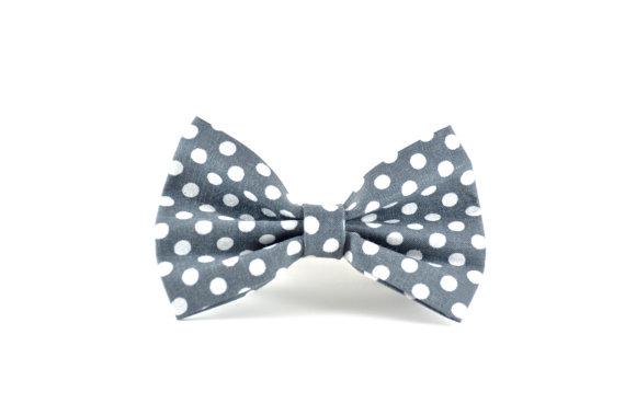 Свадьба - Polkadots Dog Bow Tie - Grey Charcoal White Polkadot Wedding or Everyday Detachable Dog Bow