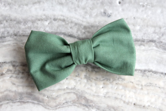 Свадьба - Bow Tie in Solid Sage Green for Boys - Clip on - Ring bearer attire