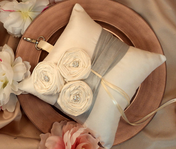 Свадьба - Dupioni Silk Flower Trio Pet Ring Pillow in Large Size with Rhinestones and Swivel Collar Attachment..50 Plus Colors..shown in silver/ivory