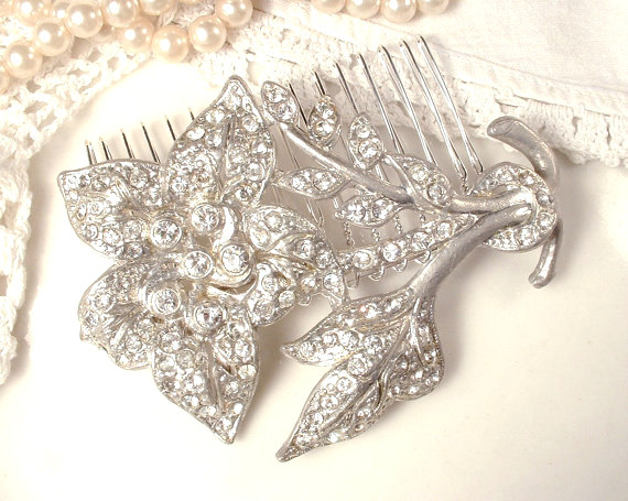 Mariage - SALE 1920s HAiR CoMB or Sash Brooch Antique Art Deco Bridal Clear Rhinestone Hairpiece Pave Crystal Silver Flower Pin Wedding Accessory 1930