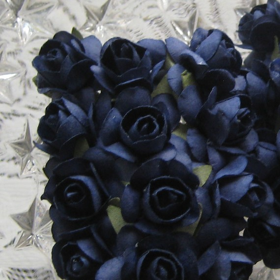 Mariage - 24 Petite Handmade Paper Millinery Roses In Navy Blue