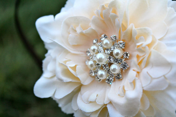 Mariage - Wedding Flower Clip - Flower for Hair -  Small Peony Flower