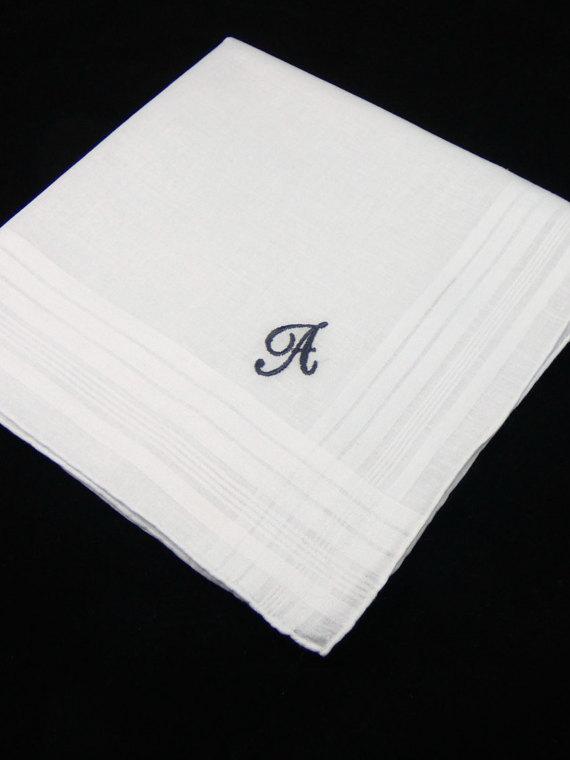 Свадьба - Father of the Bride Handkerchief, Father of the Bride Gift, Monogram Handkerchief, Groomsmen Handkerchief, Men's Handkerchief, Custom Hankie