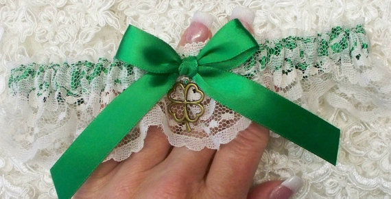 Свадьба - Irish Wedding Garter with Emerald Green and Shamrock