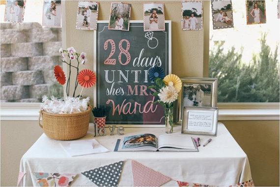 Свадьба - Wedding Bridal Shower Days until she's Mrs. Sign, Wedding Countdown display, modern chalkboard style Sign