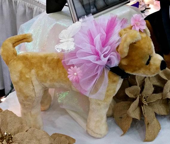 Свадьба - Beautiful Butterfly Wedding Collar Fluff Handmade Dog Wedding Apparel