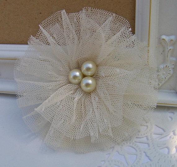 زفاف - Tulle and Glass Pearl Shabby Chic Fabric Flower - Weddings,  Brooch, Barrette, Necklace, Headband