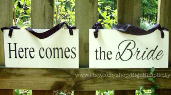 زفاف - Weddings signs, Here comes the BRIDE, flower girl, ring bearer, photo props, single sided