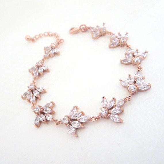 زفاف - Rose Gold Bridal bracelet, Crystal Wedding bracelet, Wedding jewelry, Rose Gold jewelry, Simple bracelet, Rhinestone bracelet, EMMA