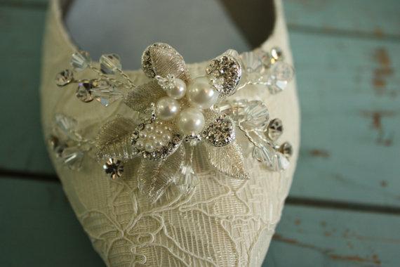 Свадьба - Wedding Shoe - Lace - Flats - Lace Wedding Shoe - Crystal Pearl - Downton Abbey - Handmade Wedding - Wedding Accessory - Ivory Shoe Parisxox