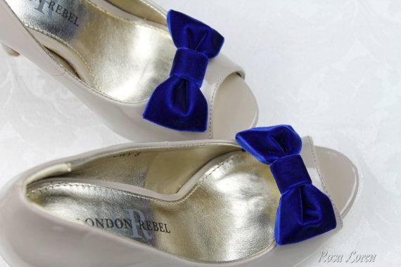 Свадьба - Cobalt Blue Velvet Shoe Clip, Royal Blue Velvet Bow Shoe Clips, Retro Pin Up Girl Clip Shoes