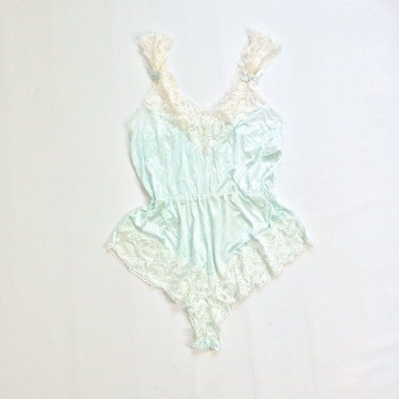 Mariage - 70s LACE Romper Teddy Step In White Light Blue Nightie SWEET Lingerie Sheer Romper Silky Lacy Negligee Small Medium Large STRETCHY Bows Bow