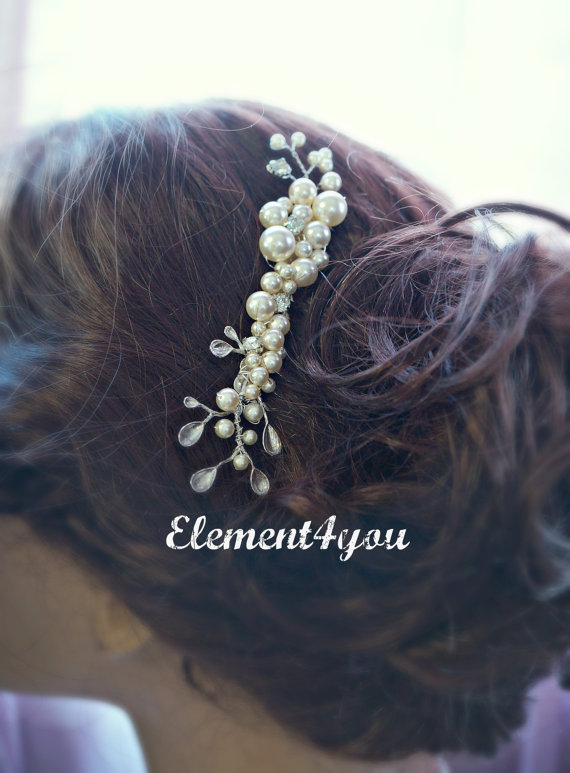 Boda - Bridal hair comb.Wedding hair comb. Pearl hair comb. Bridal hair accessories, Ivory color bridal comb. Bridal hair piece. Wedding headpiece