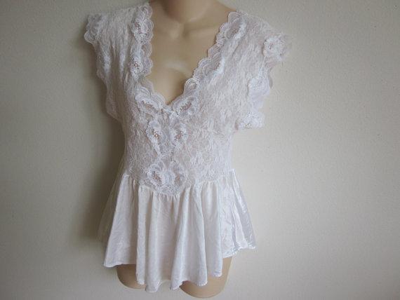 Свадьба - Vintage babydoll Teddie cami sexy white lace lingerie nightgown slip  M L