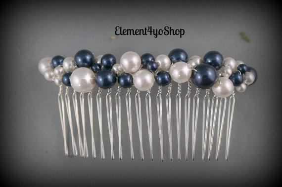 Wedding - Pearl comb. Hair comb. Bridal hair accessories. Navy blue ivory pearls. Bridesmaid hair comb. Wedding hair do. Veil attachment. Bride hair