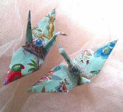 Origami paper crane made of original Japanese origami paper set up ... | 360x396