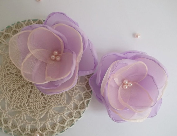 Mariage - Coral pink Lilac fabric flowers in handmade, Bridal hair dress shoe accessory, Bridesmaids, Flower gilrs gift, Hair Shoe clip, Brooch, Set