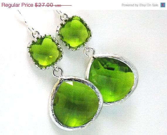 Mariage - SALE Green Earrings, Peridot Earrings, Apple Green Earrings, Silver Green Apple, Wedding, Bridesmaid Earrings, Bridal Jewelry, Bridesmaid Gi