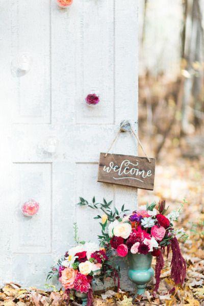 Свадьба - Elegant Woodland Wedding Inspiration