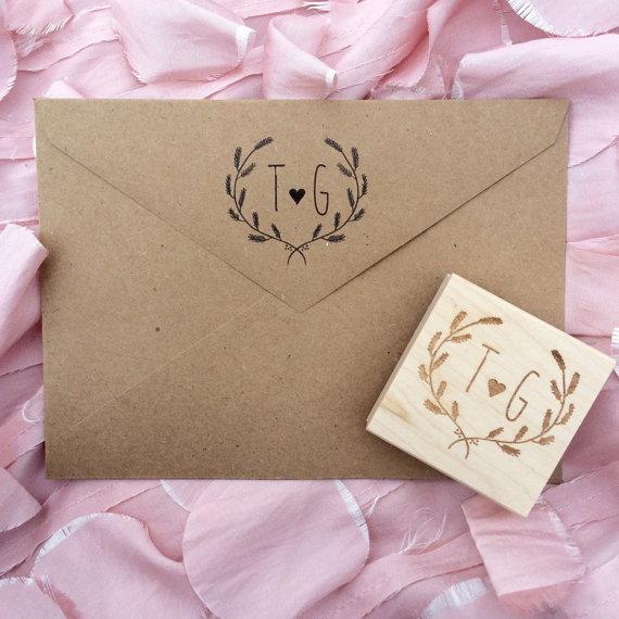 Свадьба - Initial Stamp / Save the Date Stamp / Wedding Stamp / Love Stamp / Valentines Stamp / Monogram Stamp / Arrow Stamp / Return Address Stamp