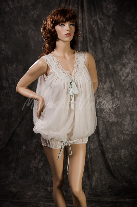 Mariage - Vintage Eyeful by Ruth Flaum Chiffon Lingerie Set Rare Pajamas and Panties with Lace and Ribbon Trim Size Medium