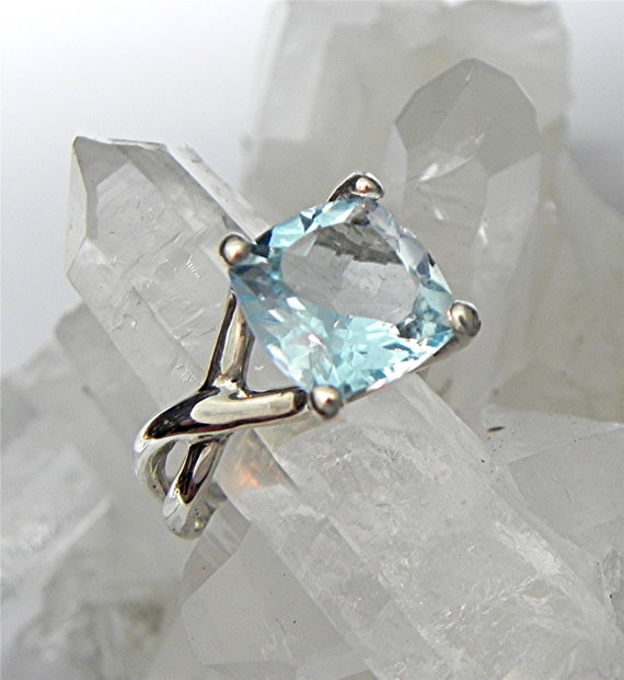 Mariage - AAA 11x11mm 7.50 carat Square Cushion Cut Swiss Blue Topaz set in 14K White gold Infinity engagement ring - ELKE- ring.