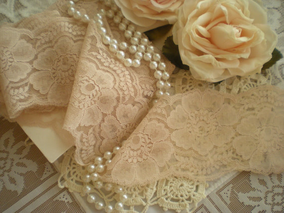 Mariage - Lovely Vintage Blush Champagne Pink Lace 3 1/2 Yards From SincerelyRaven On Etsy