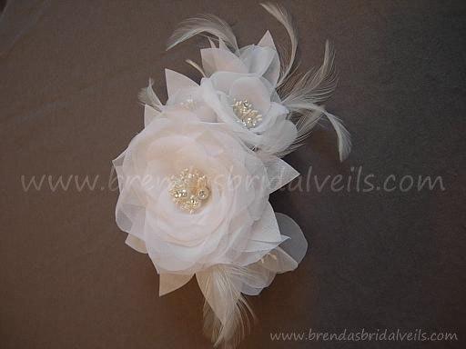 Hochzeit - White or Ivory Bridal Hair Flower, Birdcage Veil Fascinator, Wedding Flower Head Piece, Pearl and Rhinestone Center - Mae