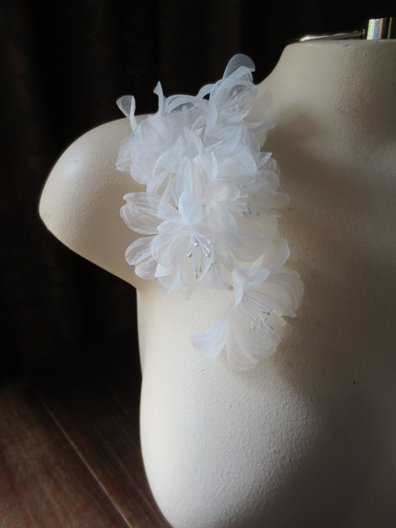 Mariage - Silk Flowers for Millinery in Off White Organza for Bridal, Hats, Corsages, Bouquets MF 500