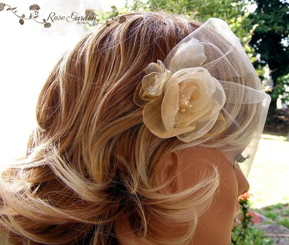 Mariage - Ivory Birdcage Veil, Blusher Veil, Bandeau veil, Birdcage veil with handmade flowers and pearls,Illusion veil, Bridal veil, Voilette ivoire