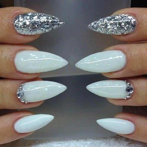Magnificent stiletto nail designs that you are going to love magnificent stiletto nail designs that you are going to love prinsesfo Gallery