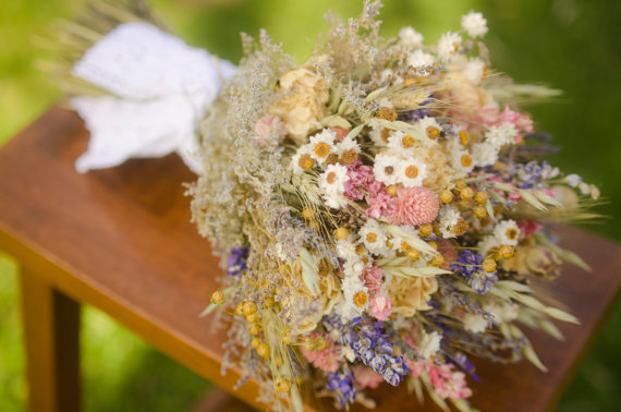 Mariage - Spring wildflower bridal bouquet, pink and purple bridal bouquet, dried flower bouquet, spring bridal bouquet, spring wedding, peony wedding