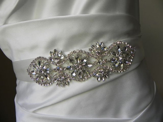 Mariage - Pearl and Rhinestone Flower Bridal Applique - Wedding Dress Belt