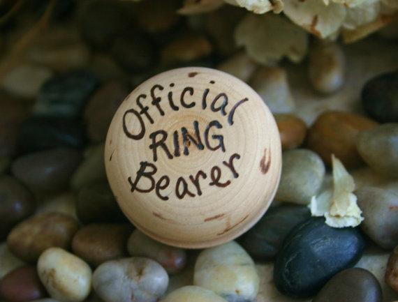 زفاف - Ring Bearer Wedding Gift Toy Yo Yo for your Little Official Boy for Rustic Chic Wedding