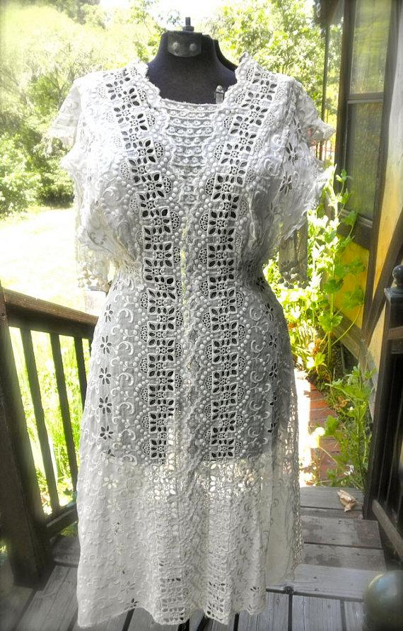 Antique edwardian wedding dress titanic style dress for Restoring old wedding dresses