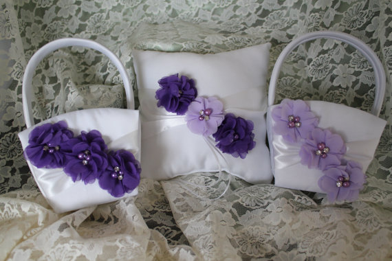 Hochzeit - 2 Ivory or White Flower Girl Baskets and 1 Pillow Ring Bearer Pillow-Custom Colors-U-PICK the Colors-Mix or Match