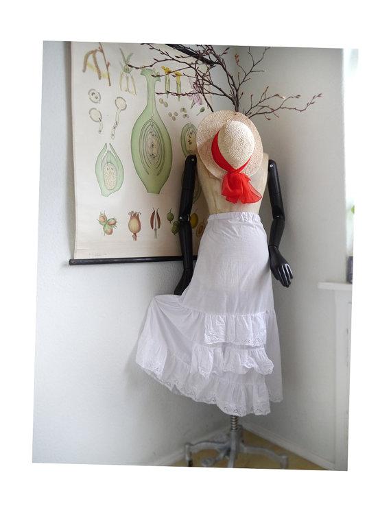 Wedding - White cotton and Lace half SLIP Ruffle Skirt, Peak-a boo Petticoat, Moulin Rouge, White Dirndl skirt, Trachten Bavaria Pioneer Lingerie