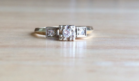 Свадьба - Vintage 14kt Yellow Gold and White Gold Setting Diamond Ring - Size 5 1/4 to 5 1/2 Engagement / Wedding Antique Square Setting Jewelry