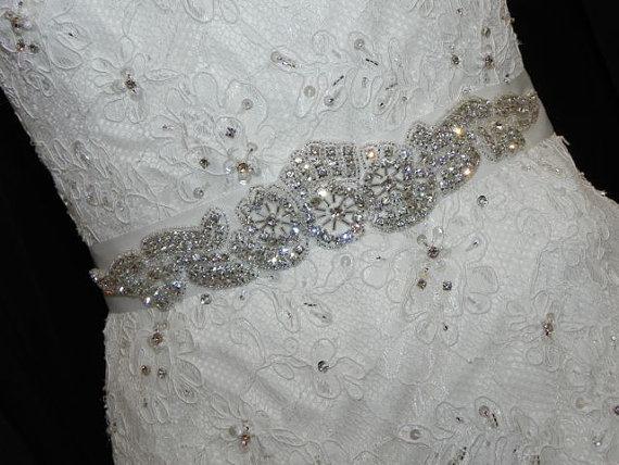 Свадьба - Modern Crystal Bridal Sash - Wedding Dress Belt