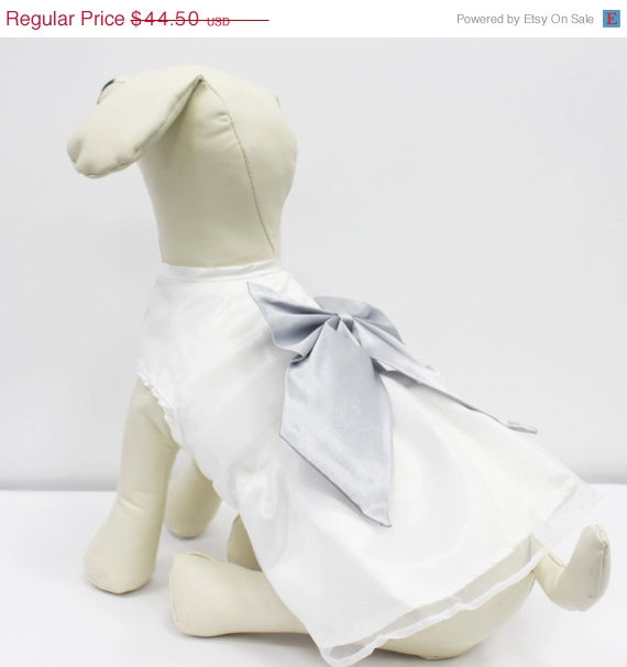 Mariage - White Dog Dress, Silver Bow, Dog Birthday gift, Pet wedding accessory, dog clothing, Chic, classy, Silver and White dress