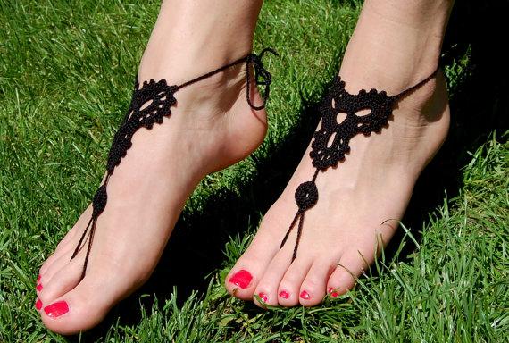 Свадьба - Beach Wedding Shoes, Crochet Barefoot Sandals, Bridal Shoes, Wedding Accessories, Nude Shoes, Yoga socks, Foot Jewelry