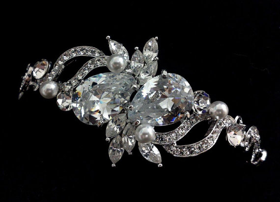 Hochzeit - Pearl Bridal Bracelet, Swarovski Crystal Jewelry, Cubic Zirconia Teardrop Bracelet, LOVE